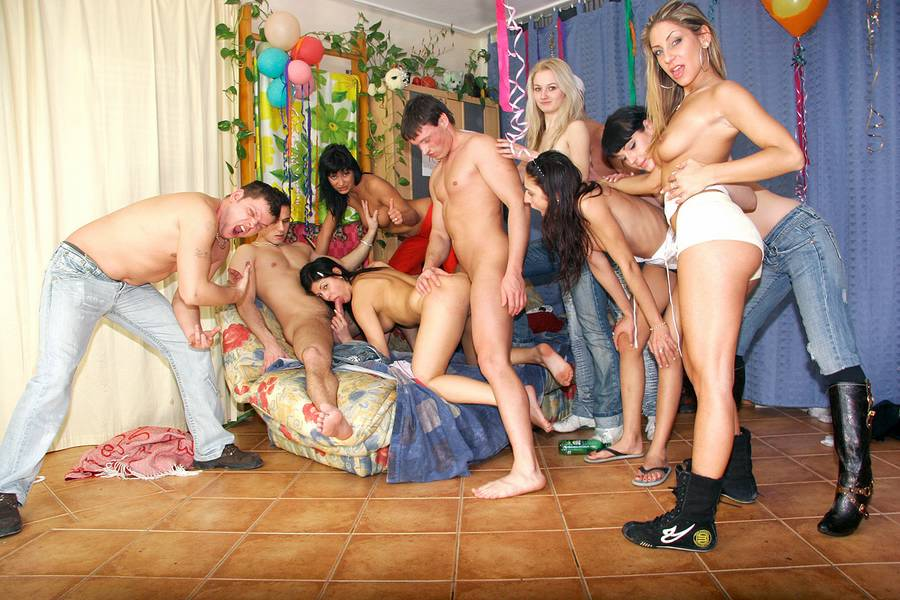 Birthday Teen Party :: Drunken Orgy Porn