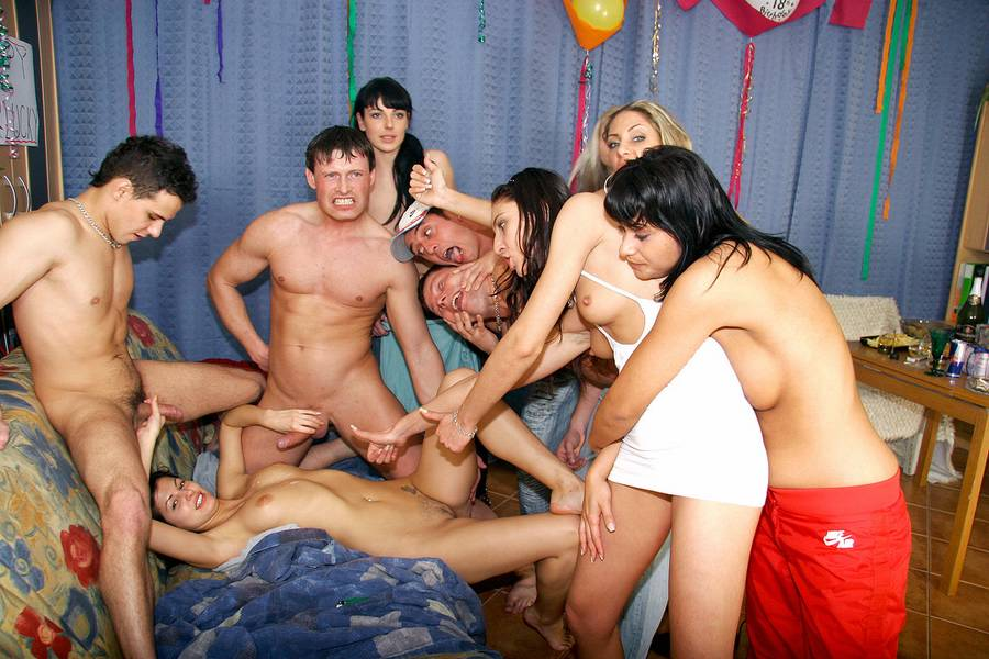 Teen regenbogen party video porn